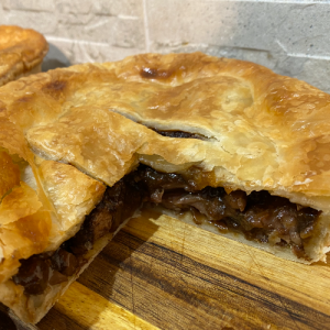 Steak & Kidney Pie (Large)