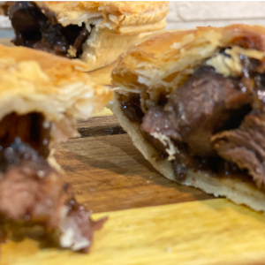 Steak & Onion Pie (Small)