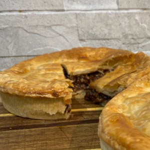 Minced Beef & Onion Pie (Large)
