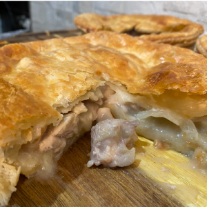 Chicken & Mushroom Pie (Large)